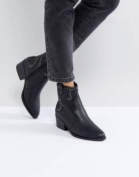 New Look Western Detail Stitch Boot