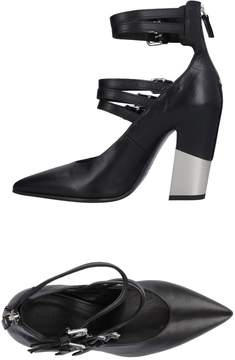 Vic Matié Pumps