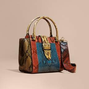 Burberry The Medium Buckle Tote in Colour-block Python