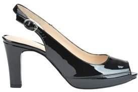 Unisa Women's Black Patent Leather Sandals.