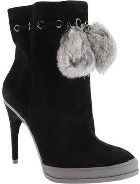 BCBGMAXAZRIA Perry Ankle Boot (Women's)
