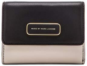 Marc by Marc Jacobs Ligero New Billfold Wallet - ONE COLOR - STYLE