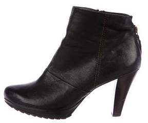 Paul Green Leather Round-Toe Ankle Boots