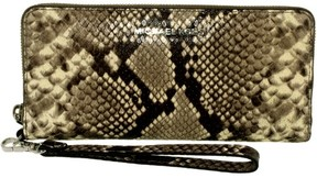 Michael Kors Women's Jet Set Travel Embossed Leather Wristlet - Natural - NATURAL - STYLE