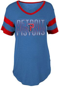 5th & Ocean Women's Detroit Pistons Hang Time Glitter T-Shirt