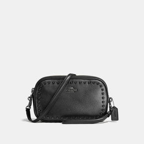 COACH CROSSBODY CLUTCH IN PEBBLE LEATHER WITH LACQUER RIVETS - f66154 - BLACK ANTIQUE NICKEL/BLACK