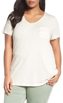 Caslon Plus Size Women's Rounded V-Neck Tee
