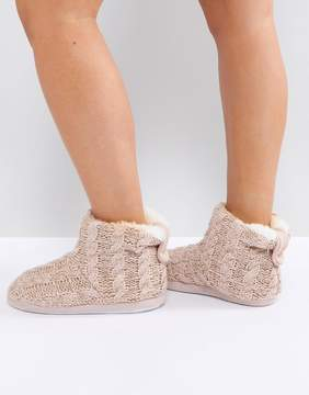 New Look Knitted Slipper Boot With Pom