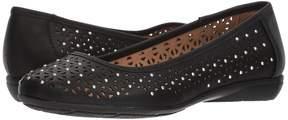 Rialto Genise Women's Shoes