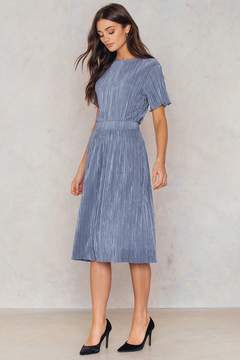 NA-KD Na Kd Pleated Shimmery Skirt