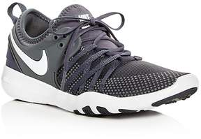 Nike Women's Free TR 7 Lace Up Sneakers