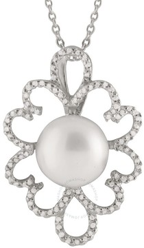 Bella Pearl Sterling Silver Floral Shaped Pendant