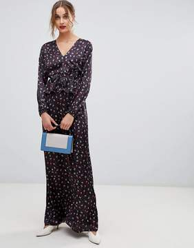 Lost Ink Maxi Dress With Ruffle Waist In Ditsy Print