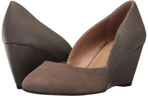 Tahari Palace Women's Shoes