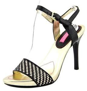 Isaac Mizrahi Belle Women Open Toe Leather Black Sandals.