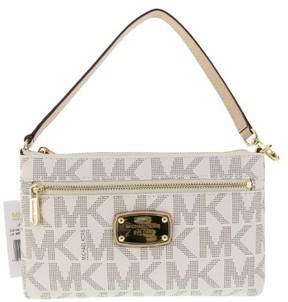 MICHAEL Michael Kors Large Wristlet MK PVC Logo (One Size, Vanilla) - VANILLA - STYLE