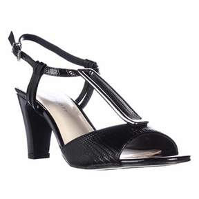 Karen Scott Ks35 Lorah Metal T-strap Dress Sandals, Black.