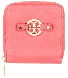 Tory Burch Leather Compact Wallet - ORANGE - STYLE