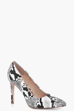 boohoo Sara Snake Print Pointed Toe Court Shoes