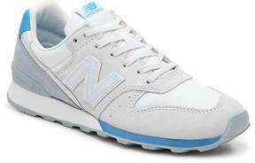 New Balance 696 Sneaker - Women's