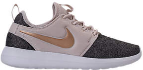 Nike Women's Roshe Two Knit Casual Shoes