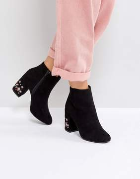 New Look Ankle Boot With Floral Embellished Heel