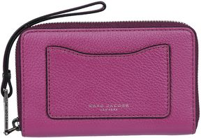 Marc Jacobs Recruit Zip Around Wallet - WILD BERRY - STYLE