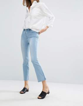 Dr. Denim Holly Fitted Crop Flare Jean