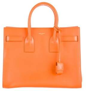 Saint Laurent Medium Sac de Jour - ORANGE - STYLE
