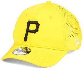 New Era Boys' Pittsburgh Pirates Jr Perf Pivot 2 9TWENTY Adjustable Cap