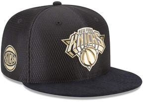 New Era New York Knicks On-Court Black Gold Collection 9FIFTY Snapback Cap