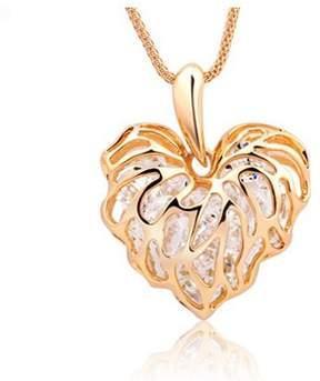 Alpha A A Gold Tone Heart Leaf Necklace Measures 18