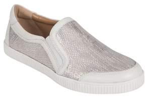 Earth R) Currant Slip-On Sneaker