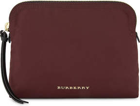 Burberry Logo nylon pouch - BURGUNDY RED - STYLE