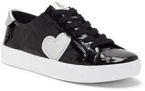 ED Ellen Degeneres Gillen Crinkle Patent Leather Heart Applique Sneakers