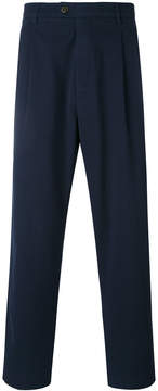 Closed straight cropped trousers
