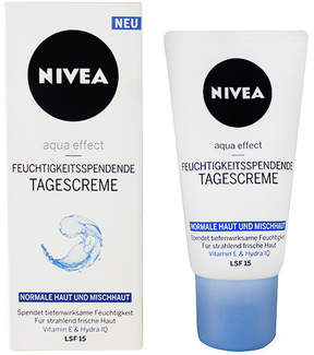 Nivea Visage Feucht Day Cream by 50ml Cream)