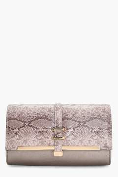 boohoo Steph Snake & Bar Detail Clutch