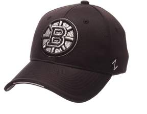 Zephyr Adult Boston Bruins Synergy Fitted Cap