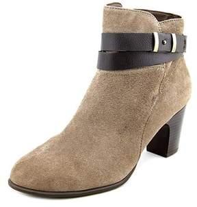 Giani Bernini Womens Calae Suede Closed Toe Ankle Fashion Boots.