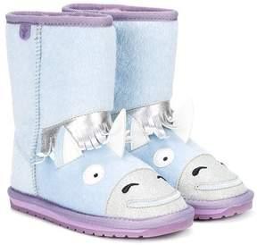 Emu unicorn boots