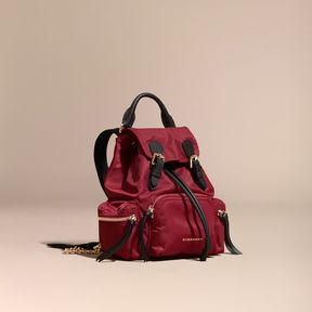 Burberry The Small Rucksack in Technical Nylon and Leather - PARADE RED - STYLE