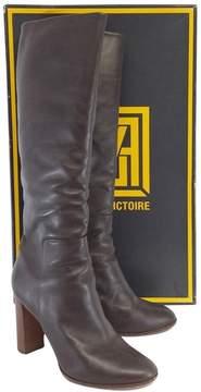 Pour La Victoire Brown Leather Boots