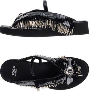 Toga Pulla Toe strap sandals