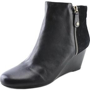 Isaac Mizrahi Kierra Round Toe Leather Bootie.