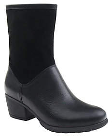 Eastland Leather Ankle Boots - Kiera