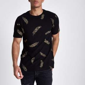 River Island Mens Black slim fit feather print crew T-shirt