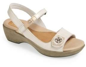 Naot Footwear Women's 'Reserve' Sandal