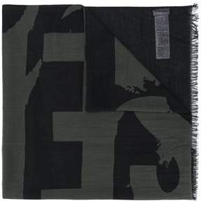 Diesel Sarahy scarf