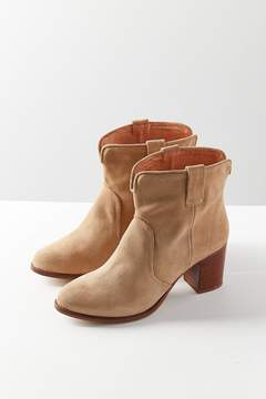 Urban Outfitters Boro Western Ankle Boot